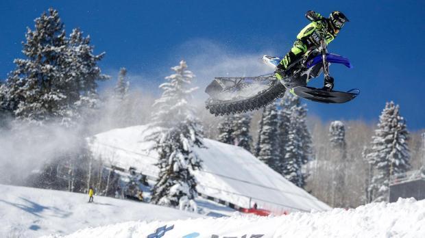 actn_170127_actn_smb_snow_bikecross_final1344